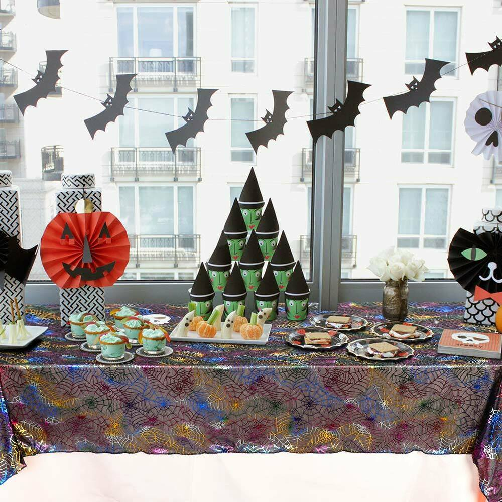 Halloween-Spider-Web-Tablecloth-Polyester-Party-Table-Cloth-Cover-Home-Bar-Decor thumbnail 8